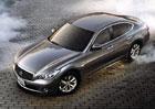 Nissan svolá do servisu víc jak 900.000 vozů