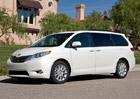 Toyota svolává v Severní Americe k opravě téměř 700.000 vozů