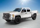 Via Motors XTRUX aneb pick-up jezdící na elektřinu (video)