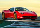 Ferrari 458 Italia: Červenobílá berlinetta jako pocta Nikimu Laudovi