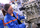 PSA a Renault ukon�uj� spolupr�ci na motorech a p�evodovk�ch