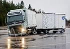 Volvo Trucks přispívá ke zvýšení bezpečnosti na kluzkých silnicích (video)