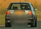 Video: Řídil auto bez rukou, tvrdě dopadl