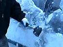 Video: Odstran�n� ledu z karoserie na polsk� zp�sob