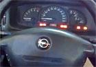 Video: Opel Vectra a bláznivé chování řízení
