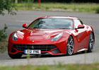 Ferrari se soudí s fanoušky o facebookovou stránku