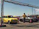 Video: Trabant zesm�n� Nissan GT-R