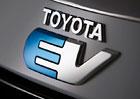 Toyota opakuje: Budoucnost automobilů je v palivových článcích