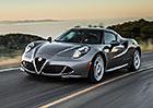 Alfa Romeo 4C dorazí do Ameriky s hezčími světlomety a nadváhou