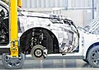 Land Rover se připravuje na výrobu modelu Discovery Sport, nabírá 250 nových zaměstnanců