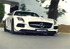 Video: Mercedes-Benz SLS AMG Black Series a David Coulthard na trati v Goodwoodu