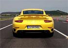 Video: Sportovní Porsche předvádějí ostrý start