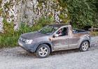 Dacia Duster pick-up přistižena v rumunských horách