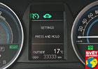 Toyota Auris Hybrid Touring Sports Style – Veznamení trojek