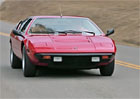 Video: Lamborghini Urraco umí pěkně potrápit