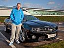 Fotbalisté Manchesteru United odmítají jezdit v Corvette a Camaru