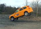 Video: Volvo XC90 zajelo v 80 km/h do p��kopu, ve jm�nu bezpe�nosti