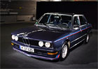Video: M535i E12 z roku 1980 je působivým předchůdcem všech ostrých sedanů BMW