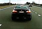 Video: Řidič BMW M3 podjíždí a vybržďuje jiného řidiče