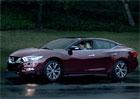 Nissan Maxima 2016 odhalen v reklamním spotu pro Super Bowl