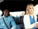 Video: Rande naslepo v podání blonďaté profesionální kaskadérky