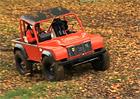 Upravené Land Rovery dovádějí v terénu (video)