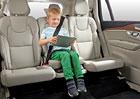 Volvo připomíná 25. výročí integrovaného dětského podsedáku