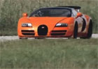 Video: Bugatti slav� deset let modelu Veyron