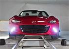 Video: Mazda MX-5 ukazuje sv� perfektn� rozlo�en� hmotnosti