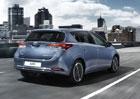 Toyota Auris: S 1.33 Dual VVT-i (73 kW) od 365.900 Kč, hybrid pod půl milionu