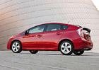 Toyota svolá 625.000 hybridních vozů kvůli chybě softwaru