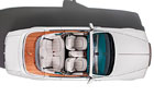 Rolls-Royce představuje další limitovanou edici, kabriolet Drophead nosí motivy páva