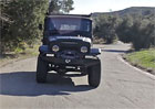 Toyota FJ44: Klasick� Land Cruiser v �prav� Icon (video)