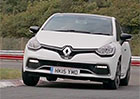 Video: Je na okruhu rychlej�� modernizovan� Peugeot 208 GTi nebo Renault Clio RS Trophy?