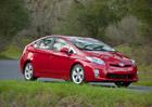 Toyota už prodala více než 8 milionů hybridů, které ušetřily miliardy litrů paliva