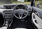 Infiniti Q30: Fotografie interi�ru odhaluj� techniku od Mercedesu