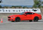 Ford Mustang: Zcela bezpe�n� z�bava