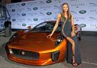 Jaguar a Land Rover představují auta pro bondovku Spectre