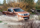 Nissan NP300 Navara je pohodlný jako SUV a nezastavitelný v terénu (+video)