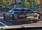 �pion�n� foto: Bugatti Chiron ji� jezd� jen m�rn� maskov�no