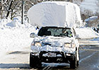 Zimní pravidla silničního provozu: Víte, kdy nazout zimní pneumatiky a jak očistit auto?