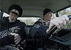 Video: Pilot Formule 1 d�l� auto�kolu. V �igul�ku. Usp�l?