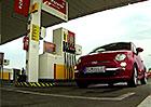 Video: Natankujte u čerpací stanice a váš vůz se změní ve Formuli 1!
