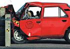Brutální crashtest Škody 105: V 50 km/h proti zdi. Dá se tohle přežít? (+video)