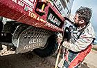 Výsledkový servis Rallye Dakar: 7. etapa - Macík útočil, Kolomý boural