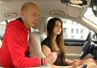 Video: Ovládání gesty v BMW 7. Test Míšou!