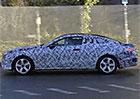 Video: Mercedes-Benz E Coupe ukazuje siluetu
