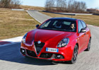 Modernizovan� Alfa Romeo Giulietta: Star� zn�m� v nov�ch �atech (+video)