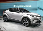 Toyota C-HR je sportovně laděný konkurent pro Qashqai