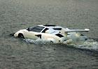 Podívejte, támhle plave Lamborghini Countach